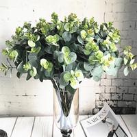 ingrosso fogliame di seta artificiale-16 teste di eucalipto Bouquet rami di un albero artificiale di seta Foglie Home decorazione di DIY Fiore Arrangment pianta Faux Foliage Corona