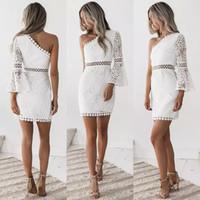 robe de club de filles chaudes achat en gros de-Robe de dentelle épaule Hot femmes Lady Panel découpe manches longues robes de soirée creux blanc Mini robe robes fille