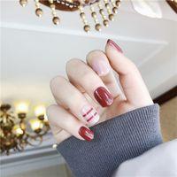 gefälschte nägel farben großhandel-24 teile / satz Gefälschte Nägel Gitter Gitter Design Künstliche Französisch Mehrere Farben Falsche Nägel Tipps Drücken Sie auf Nägel mit Kleber Aufkleber