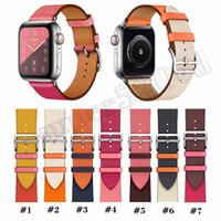 наручные часы кожа оптовых-Для Apple Watch Bands Series 4 Сменный ремешок для часов WristBand роскошный дизайнерский кожаный ремешок с адаптером iwatch Bands 38/40/42/44 мм