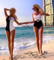 nuevos trajes de baño para mujer al por mayor-Nuevos trajes de baño para mujer de lujo con letras bordadas en colores blanco y negro trajes de baño ocasionales Slim Fit Bikinis de diseño