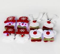 broche de navidad de luz intermitente al por mayor-Navidad Led Light Toys Flashing Broche Santa Snowman Beer Deer 4 Diseños Insignia luminosa Regalos de la fiesta de Navidad