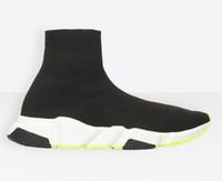 sapatos de inicialização para casual venda por atacado-Designer Hot Sneakers Speed Trainer Preto Verde Branco inferior Homens Mulheres Meias Sapatos Casual Botas velocidade Runner com saco de poeira