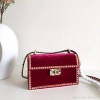 ingrosso perline boston-Luxury brands true velour texture Bustina per unghie artigianale pesante Borsa a tracolla singola bella donna bellissima con catena rivetto