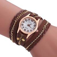 ingrosso orologi da polso in pelle-Orologi moda vintage colorati da donna Weave Wrap Rivet da donna Braccialetti in pelle orologi da polso con catena per orologi da donna
