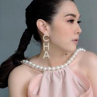 ohrringe großhandel-2019 neue Designer voller Strass Brief Quaste Ohrringe für Frauen Mode Bolzenohrring Schmuck Geschenke Gold und Silber