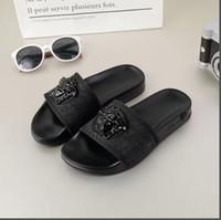 marineblaue hochzeitssandalen großhandel-2019 Hausschuhe Sandalen Designer Slides Luxury Top Brand Designer Schuhe Animal Design Huaraches Flip Flops Müßiggänger für Männer und Frauen von shoe06