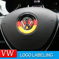 ingrosso emblemi adesivi-Car Styling volante Logo Emblem Adesivi Volkswagen Tiguan VW Polo Touran Passat B5 B6 B7 Golf 4 5 6 7 Jetta MK5 MK6