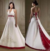 ingrosso abiti da sposa bordeaux bordeaux-Abiti da sposa vintage in raso bianco e bordeaux con scollo a barchetta Abiti da sposa con scollo all'americana