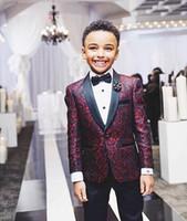 jungen burgundische anzüge groihandel-Designer Burgund Embrodiery Kinder entspricht für die Partei Gelegenheit Junge Hochzeit Anzüge gesetzt Kinderbekleidung Anzüge Blazer, Blazer für Jungen