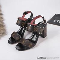 sexy pvc gummi leder frauen groihandel-Heiße Damenschuhe High Heels PASSENGER SANDAL 1A4WG8 Luxus Designer Schuhe Mode-Stil Top-Qualität Größe 35-39