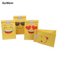 papel adhesivo amarillo al por mayor-OurHarm 12pcs Paper Emoji Party Favors Yellow Birthday Gift for Kids Bolsas y Emoji Stickers Bolsas de papel OurHarm 12pcs