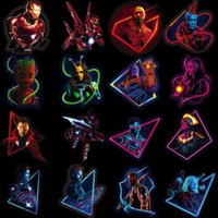 ingrosso adesivi di libri-The Avengers Sticker Marvel Adesivi fluorescenti Iron Man Book Laptop Bagagli Frigorifero Decorazione 49pcs per set 4 5yb F1