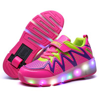 tekerlekli paten ayakkabıları toptan satış-Kadın Çocuk LED Işıkları Ayakkabı Çocuk Paten Sneakers Jantlar ile Parlayan Erkek Kız Koşu Ayakkabıları için Led Işık Up