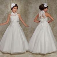 weiße perlenapplikation großhandel-White High Neck Tüll A Line Blumenmädchen Kleid Applique Perlen Bow Sash Mädchen Pageant Kleider Birthday Party Dress