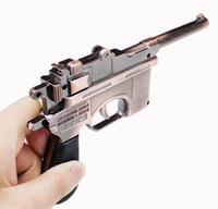 pistola pistola isqueiro cigarro venda por atacado-0.8: 1 Pistol Gun em forma de cigarro mauser mauser modelo forma de cobre cor de Metal À Prova de Vento butano gás recarregável jet tocha modelo de exibição 18 cm