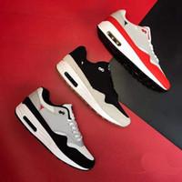 ingrosso formatori americani di bandiera-Nike Air Max 1 USA 4 luglio Scarpe da corsa da uomo Scarpe da ginnastica sportive bianche blu scuro leopardate Sneakers da corsa grigie con bandiera americana