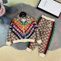 linha do casaco venda por atacado-Menino jaqueta set crianças roupas de grife jaqueta de uniforme de beisebol + calças 2 pcs clássico fio conjunto de design de letra