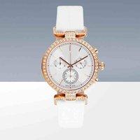 precio del reloj japon al por mayor-Las mujeres a estrenar modelo Relojes Correa de cuero colorido reloj de cuarzo de la señora Reloj de pulsera Relojes De Marca Mujer movimiento de Japón precio al por mayor