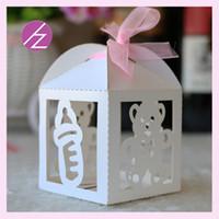 favores mariposas rosadas al por mayor-50 unids / lote Wedding Candy Cajas Favor de los titulares de diseño con el suministro de la cinta a la fiesta de cumpleaños de la fiesta de bienvenida al bebé exquisitas cajas de oso y botella