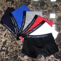 roupas íntimas para homens venda por atacado-19ss Hot Moda Masculina Cueca Boxers de Algodão Macio M-XXL Carta Respirável Cuecas Calções marca Design Apertado Waistban