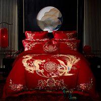 ingrosso lenzuola di lusso cinesi-Luxury Gold Phoenix Loong Fiori ricamo rossa cinese Wedding Set Copripiumino Bedding Cotone lenzuolo copriletto