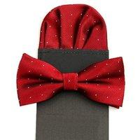 toallas rojas de lunares al por mayor-Conjunto de corbata de lazo bolsillo insertado pañuelo cuadrado toalla cuadrada mariposa punto handkie para hombre conjunto de bowknot negro rojo boda 2set / lote