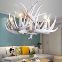araña blanca vintage al por mayor-Astas resina lámpara de la lámpara blanca moderna de la asta de araña Lustre Lámparas E14 luminoso de la vendimia de la novedad de la lámpara de iluminación moderno