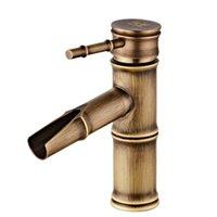 antike bronze hahngriffe großhandel-Europäische Antike Becken Wasserhahn Bronze Messing Gebürstet Wasserhahn für Küche Wasserfall Einzigen Griff Loch Deck Mount Mixer Wasserhähne