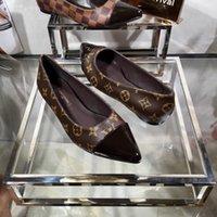 pisos zapatos agujeros al por mayor-2019 sandalias para mujer zapatos Mujer Zapatos de cuero genuino Planos de moda Mocasines de cuero cosidos a mano Agujero femenino zapatos Mujeres Pisos