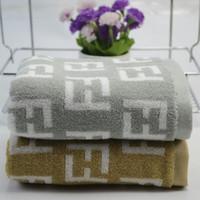 ingrosso asciugamani gialli chiari-Moda Lettera Jacquard casa asciugamani in cotone Rettangolo Uomini Donne Asciugamani Esterni asciugamano viso portatile per unisex