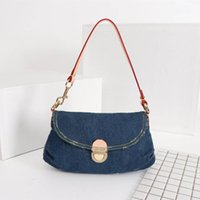 model denim modası toptan satış-Son lüks moda vahşi denim mektup desen kadın omuz çantası Tasarımcı kadın çantası boyutu 26x17x7 CM modeli M44470