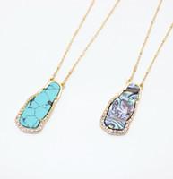 abalone steine großhandel-Freie Verschiffen-unregelmäßige Legierungs-Ohrschnecken-Türkis entsteint einfache nette hängende Halskette, Sommer-Seebeliebte Art-Halskette