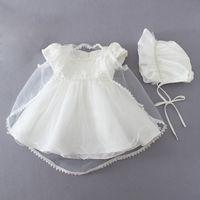 ingrosso cappelli in rilievo-Newborn Girl Princess Dress Set 0-18M Hollow Solid Back Zipper Abito da battesimo Kids Designer Lace Cardigan trasparente Beaded Hat bianco