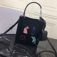 Wholesale body types women resale online - Handbags Lady Bags Women Wallet New Cross Pattern Positive Color Metal Transfer Decoration Bucket Type Shopping Bags