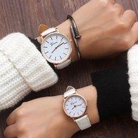 relógio de vestido de banda de couro preto venda por atacado-Couro Luxo banda de Top Mulheres Moda Estilo Analógico Quartz Relógio de pulso dourado Ladies Watch Women Dress Reloj Mujer Black Clock
