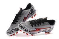 tamaño niños fútbol al por mayor-Zapatos de fútbol profesional botas botines de fútbol modelos AG para hombre adultos para niños tamaño 35-45 proveedor mayorista