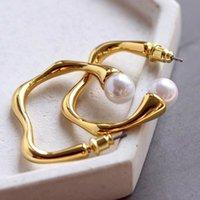 ingrosso orecchini di goccia della sfera della perla-Top in ottone materiale goccia irregolare forma orecchino a gancio con la natura perla palla Orecchino gioielli per donna regalo PS6680A