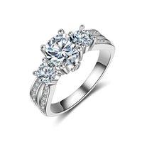 anillo de oro blanco día de san valentín al por mayor-2019 nuevo anillo de piedras preciosas de lujo moda femenina anillo de plata de ley 925 anillo de regalo de San Valentín 14K broche de oro blanco