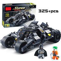inşa edilmiş model arabalar toptan satış-Süper Kahramanlar Avengers Batman Yarış Kamyon Araba Modeli Teknik Yapı Blok LegoINGly Batman Ile Uyumlu DIY Oyuncaklar Setleri