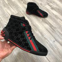 hersteller casual schuh großhandel-Neue Mode hohe Schuhe Designer klassischen Stil Männer Schuhe Freizeitschuhe High-End-Qualität 38-45 Hersteller Werbe kostenloser Versand (mit