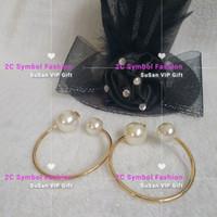 ingrosso bracciali logo-New Fashion braccialetti di perle color oro classico simbolo perla con logo moda matel braccialetto regalo di Natale