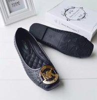 новые материалы для отделки оптовых-2019 новый европейский вокзал продажи больших размеров плоские туфли с высококачественным PU материал модные буквы блесток украшения бесплатная доставка
