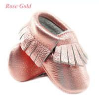 Wholesale baby shoes shine resale online - Shine Pink Genuine Leather Baby moccasins Soft Rose gold Baby girl shoes First Walkers infant Fringe Shoes month color Y200103