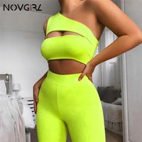 ingrosso casual playuit-Summer Neon Green Women 2 pezzi Set Playsuit One Shoulder Casual Tuta Tagliata Crop Top Biker Shorts Set Party Cloth