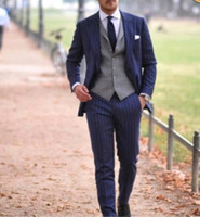 esmoquin rayado al por mayor-Novio Esmoquin Padrinos de boda de solapa a rayas Mejor traje de hombre Dos piezas Boda Blazer de hombre se adapta a la medida (Chaqueta + Pantalones) SU0047