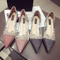 designer cristais sapatos de noiva venda por atacado-Novo Designer de Mulheres Sapatos com Cristal Pontiagudos sandálias Lantejoulas Faísca Lantejoulas Sapatos De Casamento De Noiva tênis 2019