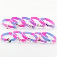 brazaletes de plástico para niños al por mayor-Las ventas calientes coloridas pulseras del unicornio para los regalos del festival de los cabritos Womens Cuff brazaletes plásticos de la manera Joyería de la manera Enviar al azar
