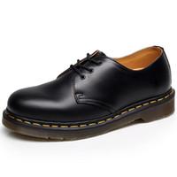 botas de sapato preto n branco venda por atacado-Qualidade superior de divisão de couro Dr Martins Mulheres Botas de Marca de Neve botas de Inverno Bota De Pele Quente Mulheres Sapatos Tamanho 35-46
