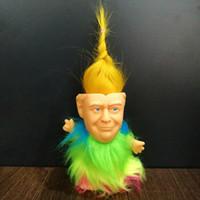 aranhas de borracha macia venda por atacado-2020 Figuras Donald Trump boneca EUA Presidente Donald John Trump Vestida Modelo Dolls Crianças Crianças mão jogo engraçado Brinquedos Miúdos do Natal